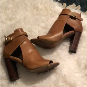Vince Camuto leather heels